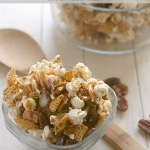 Easy Caramel Corn Snack Mix DELICIOUS