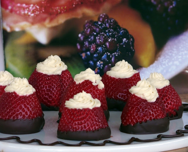 Cream Cheese Filled Strawberries Dipped In Chocolate
