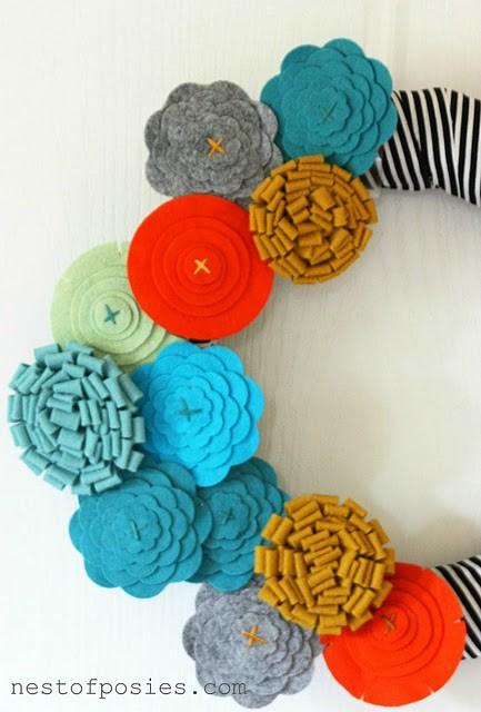 25 DIY Wreaths