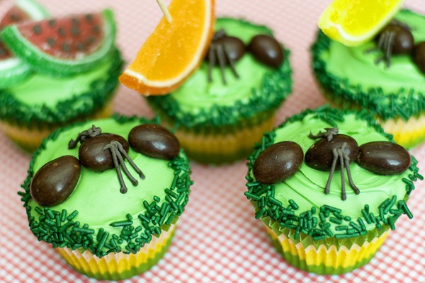 Ants on Cupcakes-cute for outdoor bbq parties CandyPin.