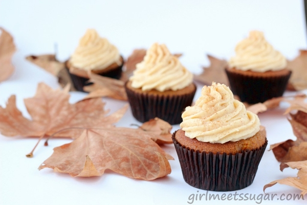 Pumpkin and brown butter cupcakes with cinnamon frosting ...