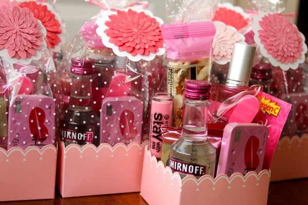 Girls Night Out Gift Bag Idea DIY