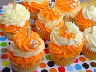 Orange dreamsicle cupcakes.