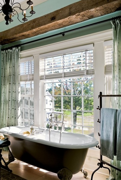could fill empty space with this type of towel rack