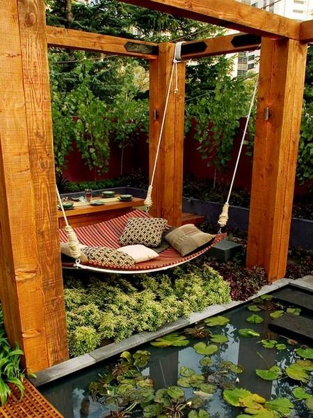 the outdoor swing