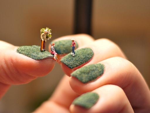 Fingernail Lawns – A Tiny World