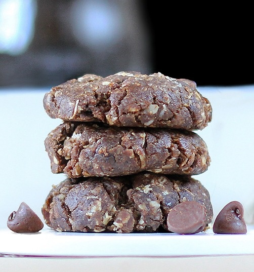 5 Minute Chocolate Oatmeal Cookies.