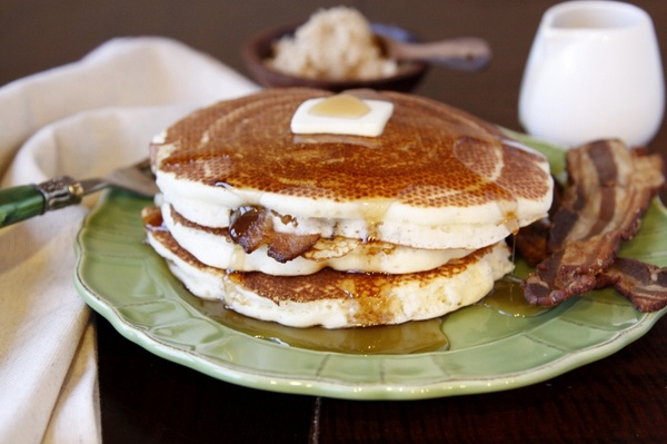 Bacon Stuffed Pancakes!ApplePins.com
