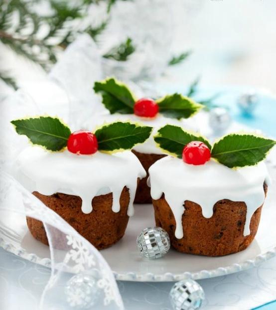 Beautiful Christmas cakes