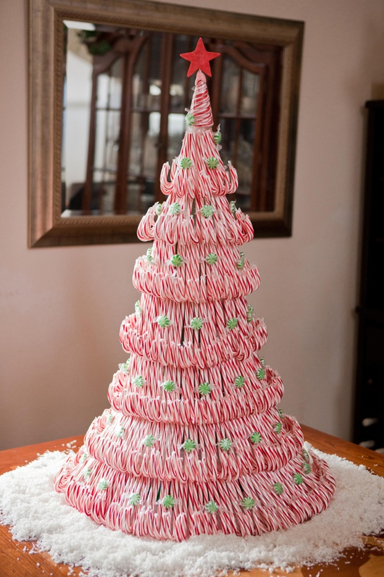 DIY Tutorial: candy cane tree centerpiece