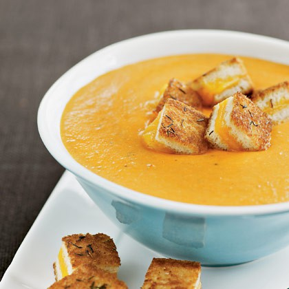 Tomato soup with grilled cheese croutons.ApplePins.com