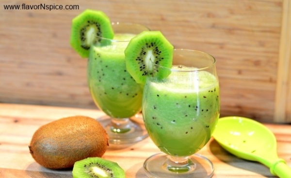 Healthy Kiwi-Cantaloupe Smoothie