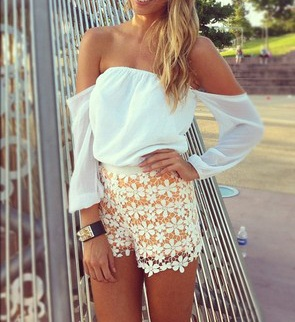 i LOVE the top and the shorts