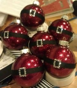 Glittering Santa Ornaments–includes instructions on how to make.