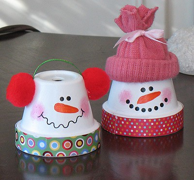 Clay pot snowmen