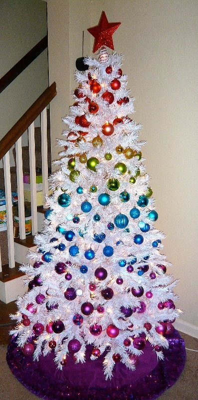 White Christmas Tree Done Right