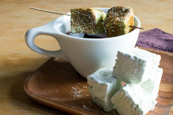 FLUFFY GREEN TEA MARSHMALLOWS