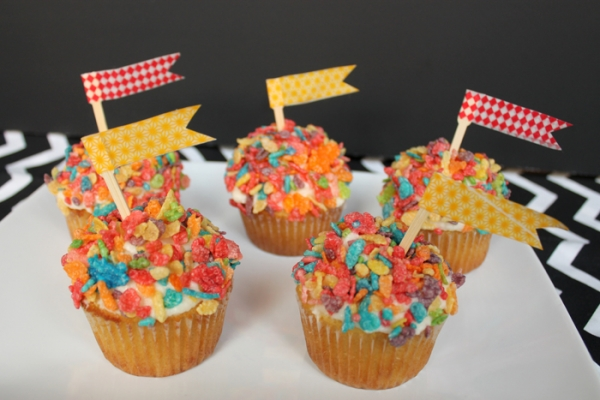Fruity Pebbles Cupcake Topping